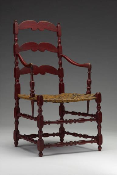 Fauteuil à la capucine Canada, XVIIIe siècle, érable, caryer, paille Yale University Art Gallery, Mabel Brady Garvan Collection (1965.20) Avec ses montants tournés, ce fauteuil dit « à la capucine » présente l'aspect plutôt conservateur du mobilier canadien et se rapproche à la chaise précédente.